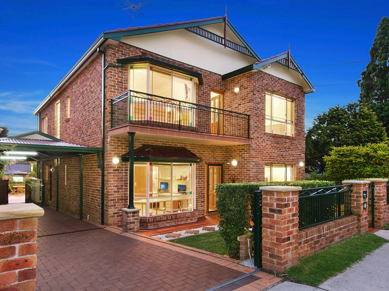9 Bassett Street, Hurstville, NSW 2220