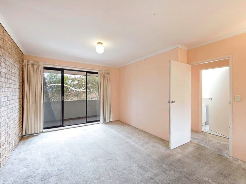 4/30 Springvale Drive, Hawker, ACT 2614