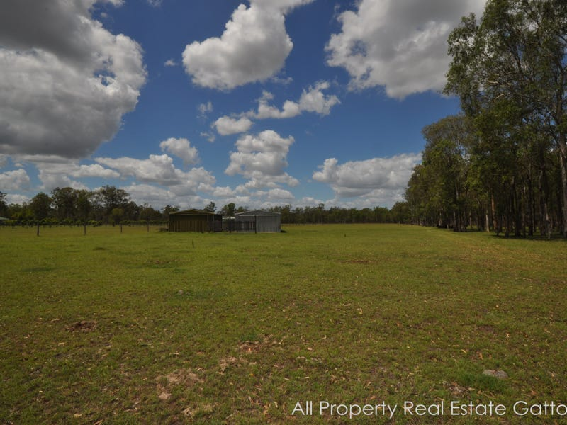 12 Archer Road, Spring Creek, Qld 4343