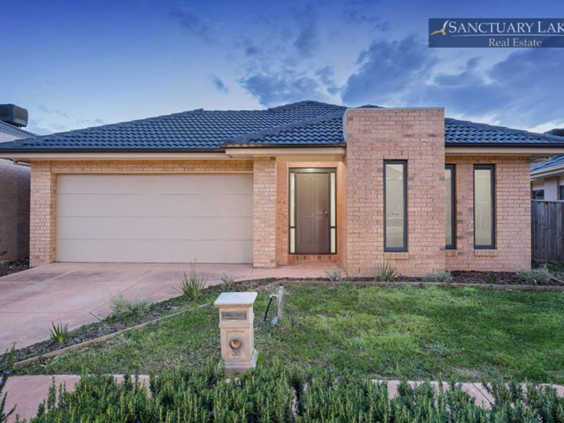 30 The Esplanade, Sanctuary Lakes, Vic 3030
