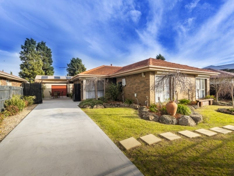 5 Dressage Place, Epping, Vic 3076