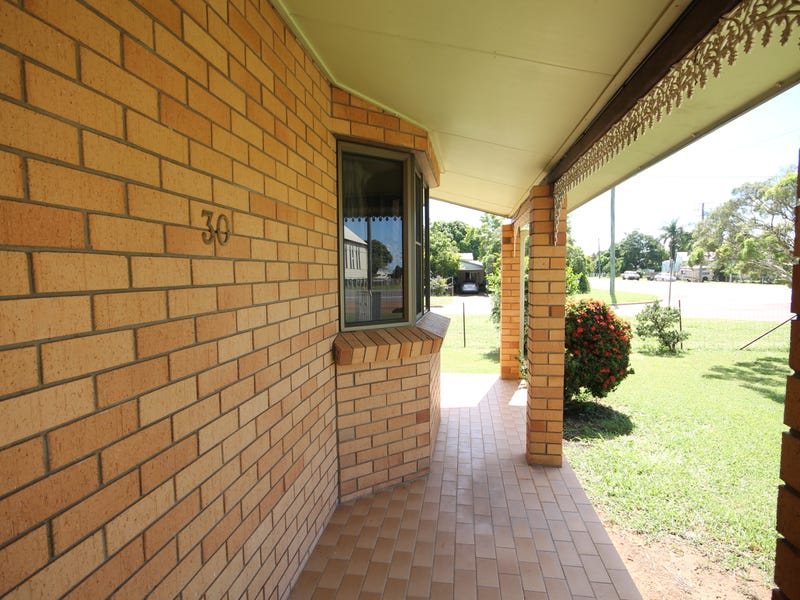 30 York Street, Queenton, Qld 4820