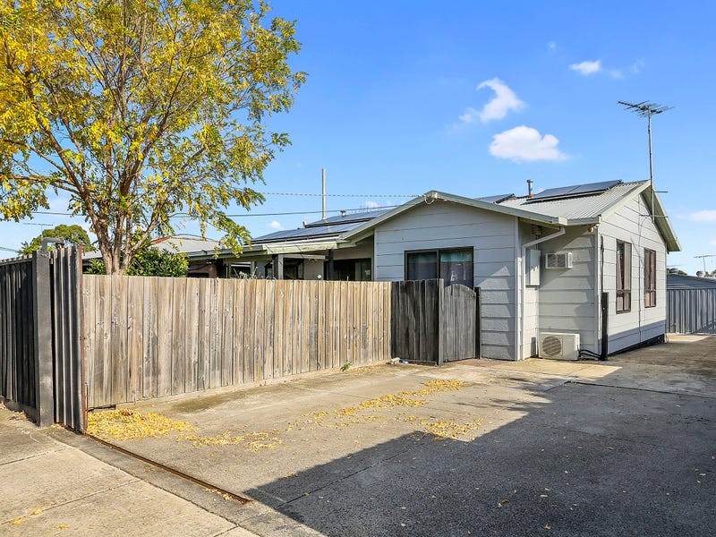 13 Waitara Grove, Norlane, Vic 3214