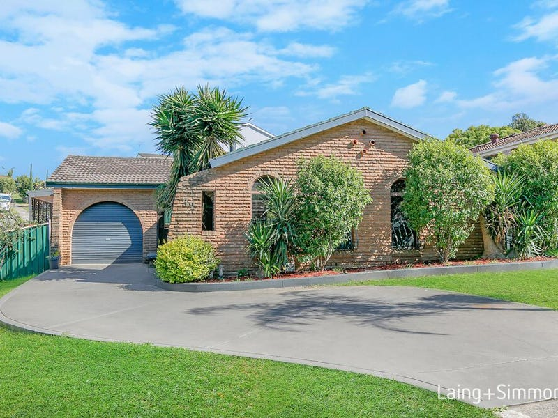 32 Faulkland Cres, Kings Park, NSW 2148