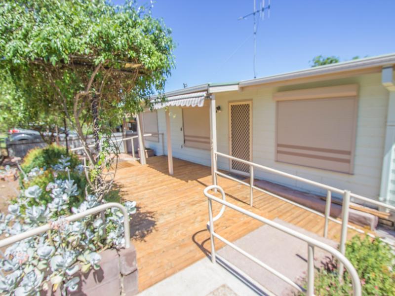 48 Roslyn Street, Narrandera, NSW 2700