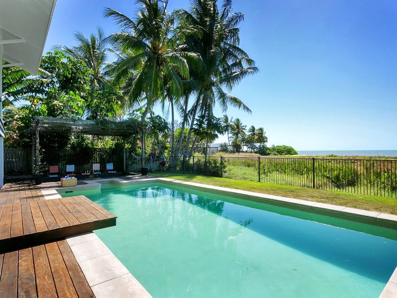 12 Coconut Street, Holloways Beach, Qld 4878
