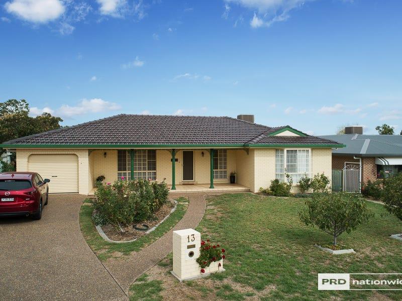 13 Gidgee Street, Hillvue, NSW 2340