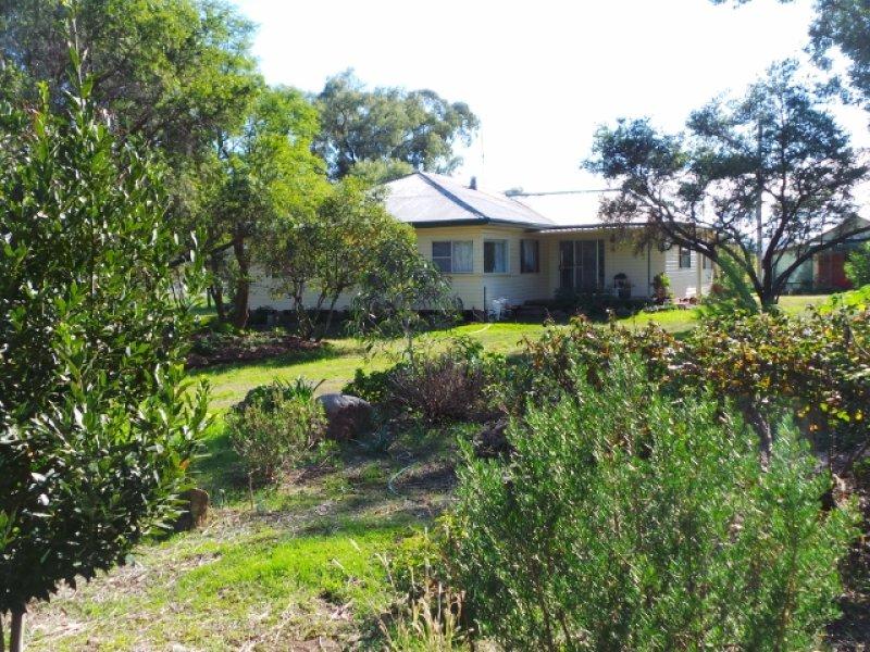 Yarramilla, 15 Norris Road, Piallaway, NSW 2342