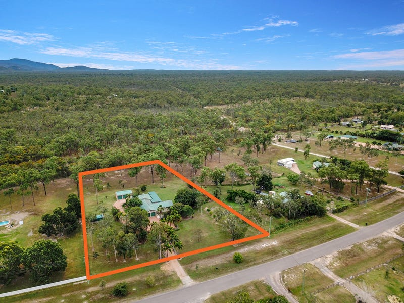 100 Blue Mountain Dr, Bluewater Park, Qld 4818