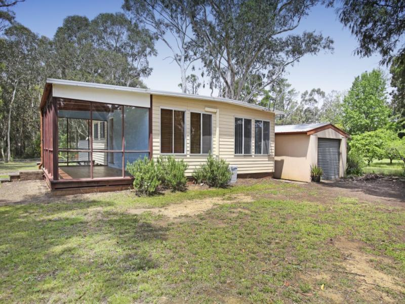 79 Railway Parade, Balmoral, NSW 2571