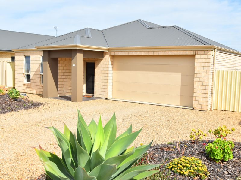 Lot 37 14 Hobart Road Normanville Sa 5204 House For