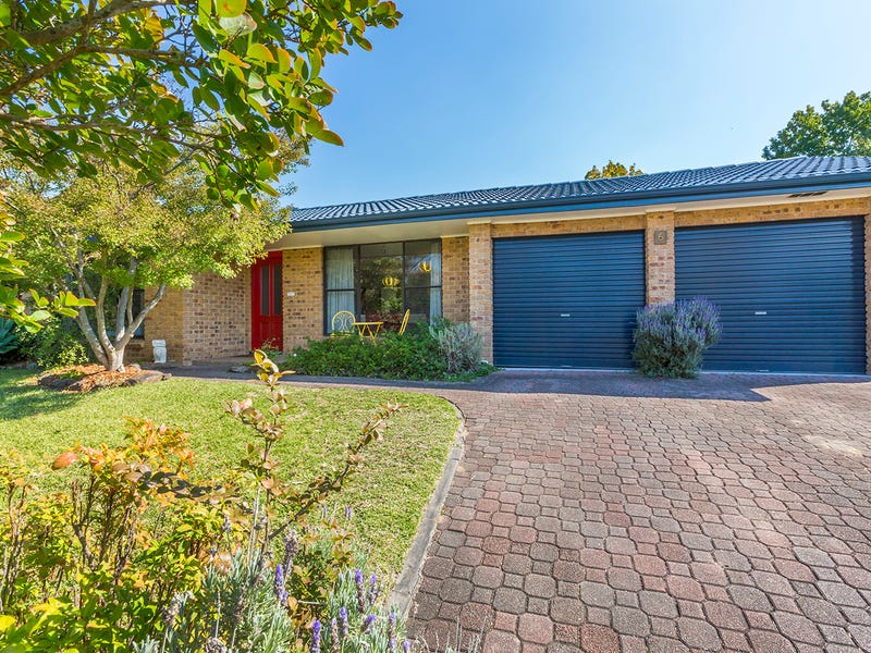6 Chisholm Crescent, Blaxland, NSW 2774