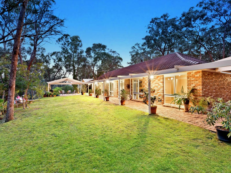 101 Westering Road, Christmas Hills, Vic 3775