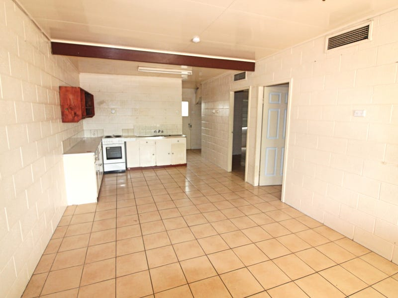 Unit 3/21 Elizabeth St, Mount Isa City, Qld 4825