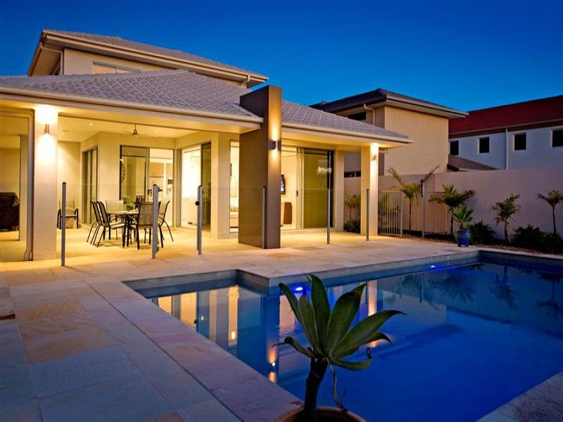 2542 Gracemere Circuit, Hope Island, Qld 4212