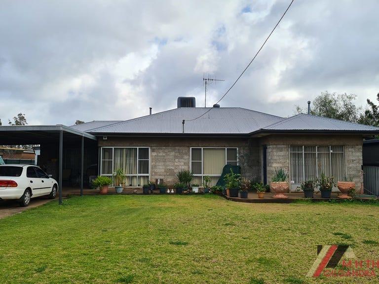 31 Castlereagh Street, Gilgandra, NSW 2827