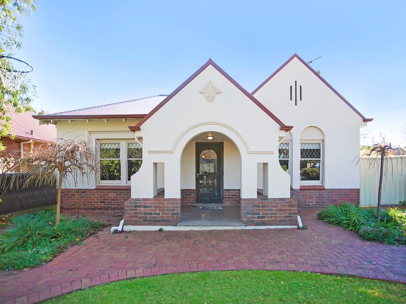 15 Egmont Terrace, Erindale, SA 5066