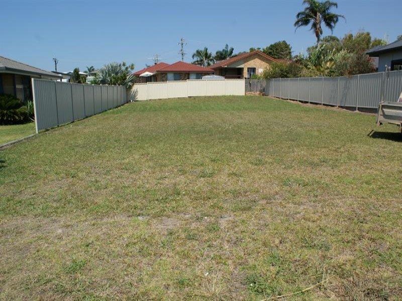 16 Niland St, Corindi Beach, NSW 2456