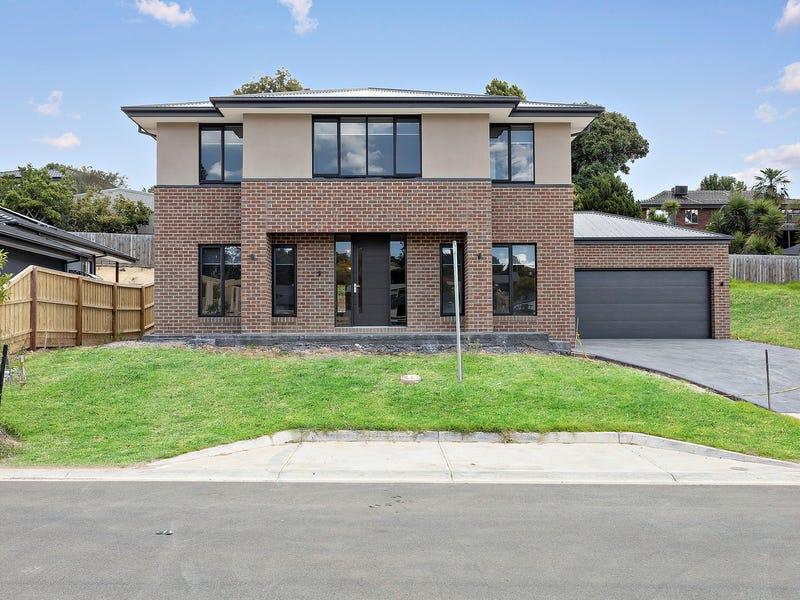 28 Thompson Crescent, Chirnside Park, Vic 3116