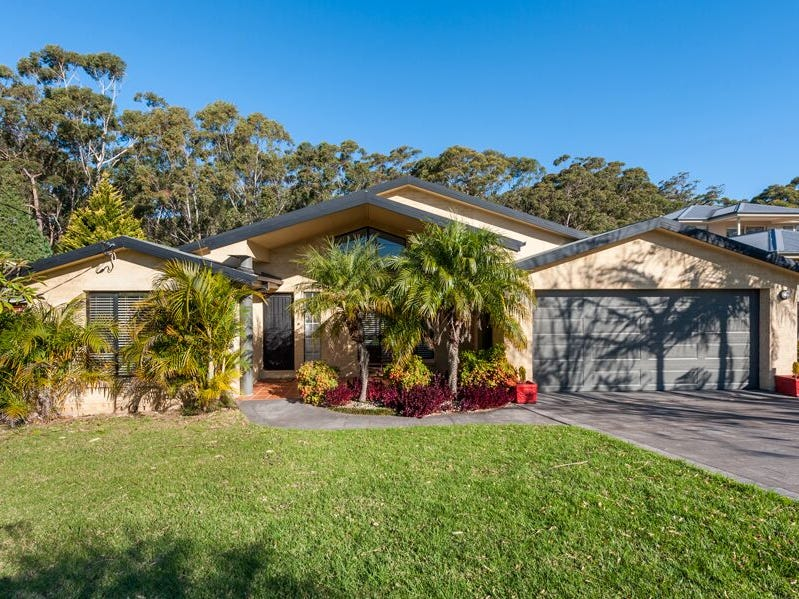 204 Matron Porter Drive, Mollymook Beach, NSW 2539
