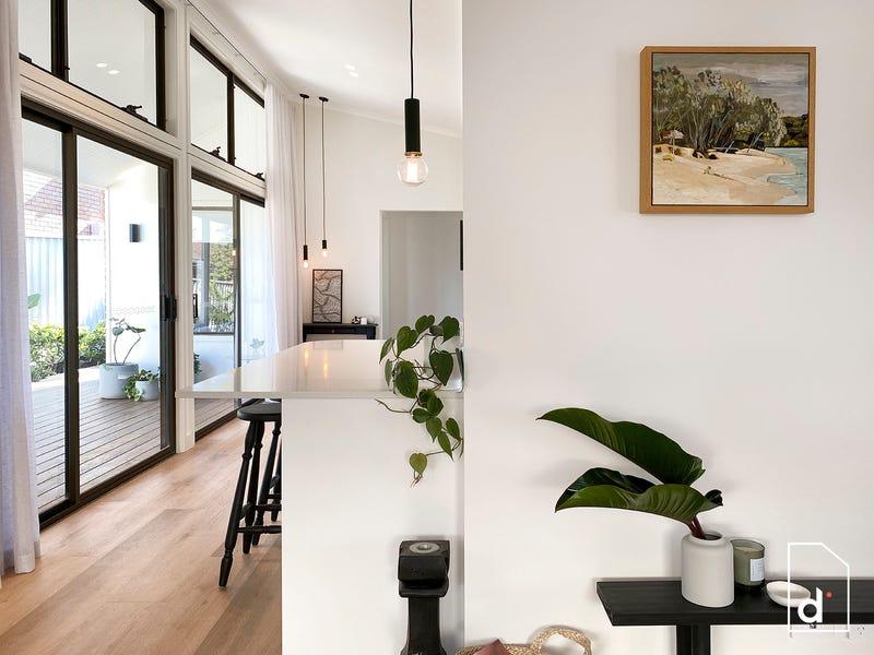 2/70 Gray Street, Woonona, NSW 2517