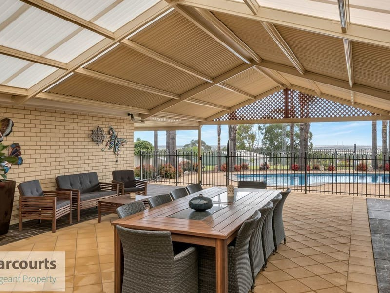 3 Kara Crescent, Gulfview Heights, SA 5096