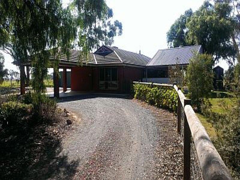 835 Bayunga Road, Toolamba, Vic 3614