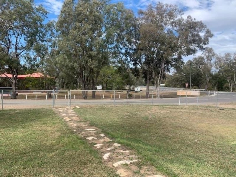34 Fifth Ave, Theodore, Qld 4719