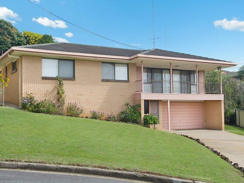 11 Uniacke Drive, Banora Point, NSW 2486