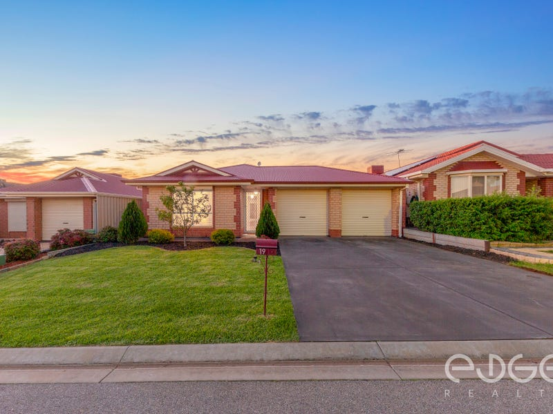 19 Mary Crescent, Craigmore, SA 5114