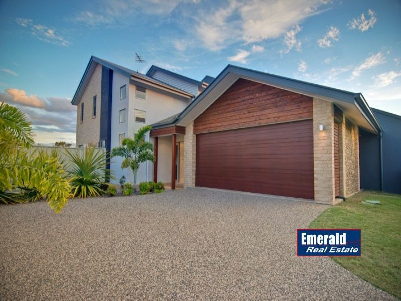 "Villa 10 ""Vybe"" 20-24 Mooney Crescent, Emerald, Qld 4720"