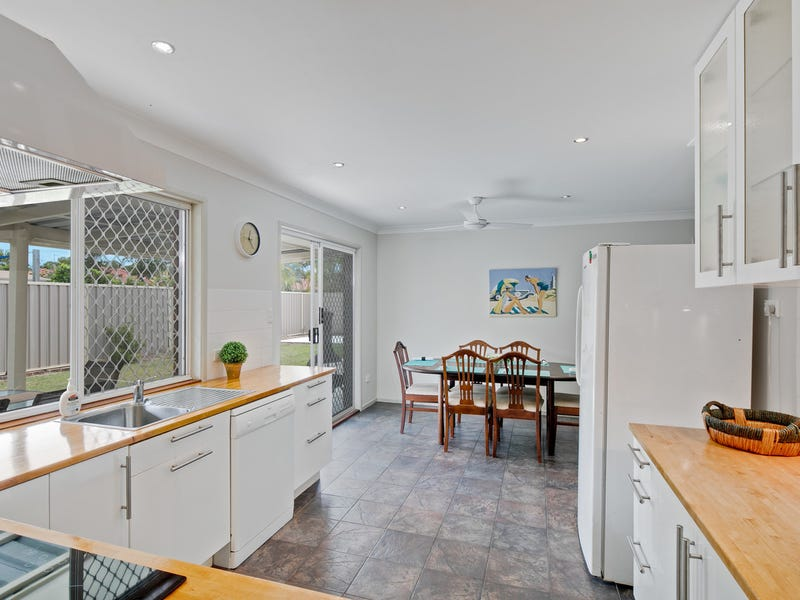 94 Link Road, Victoria Point, Qld 4165