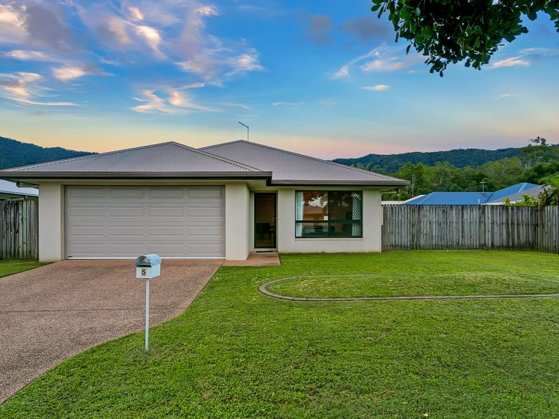 5 Neales Street, Bentley Park, Qld 4869