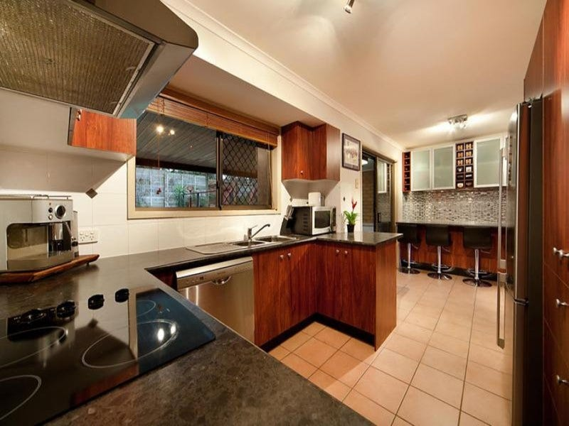 8 Doonside Parade, Brendale, Qld 4500