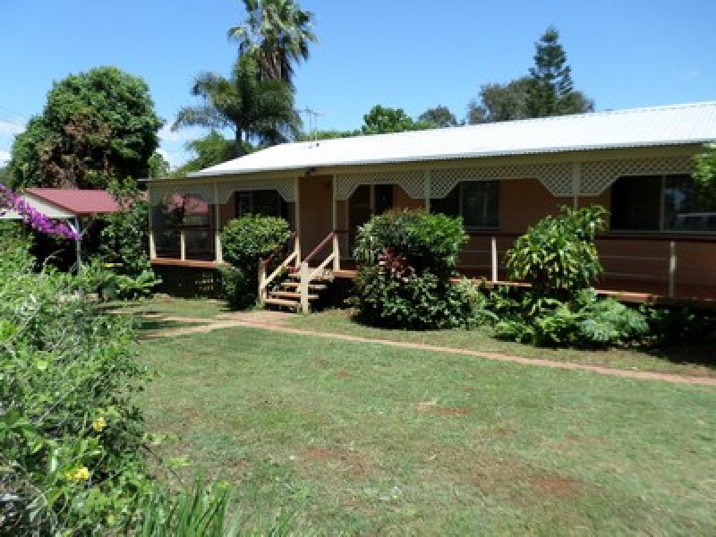 Address available on request, Lamb Island, Qld 4184