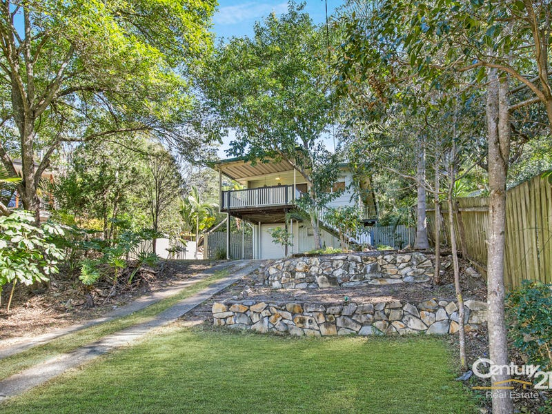 30 Yeerinbool Court, Arana Hills, Qld 4054