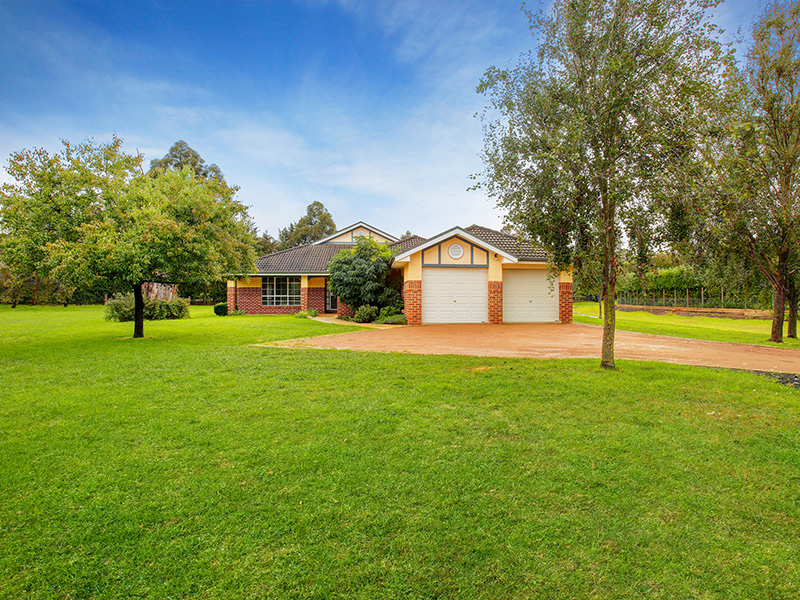 16 Stratford Way, Burradoo, NSW 2576