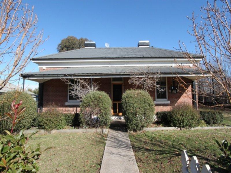 8 Piper Street, Bathurst, NSW 2795