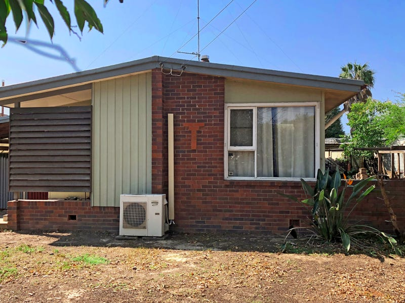 1 Sardonyx Avenue, Hobartville, NSW 2753