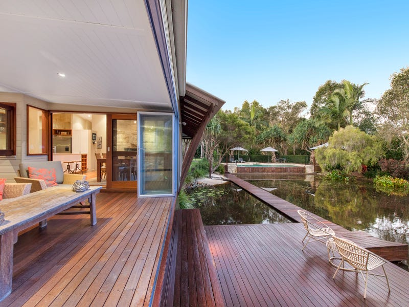 1A Lake Weyba Drive, Weyba Downs, Qld 4562