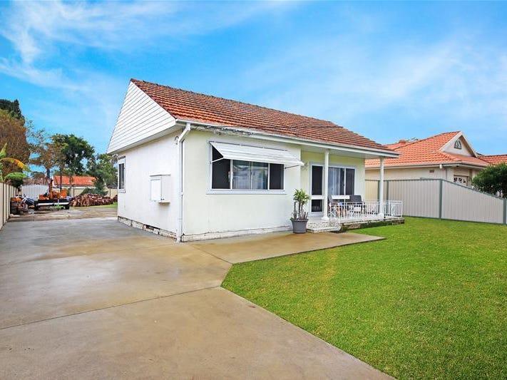 18 Chifley Avenue, Sefton, NSW 2162