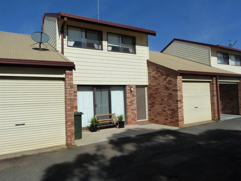 2/7 Forrest Cres, Dubbo, NSW 2830