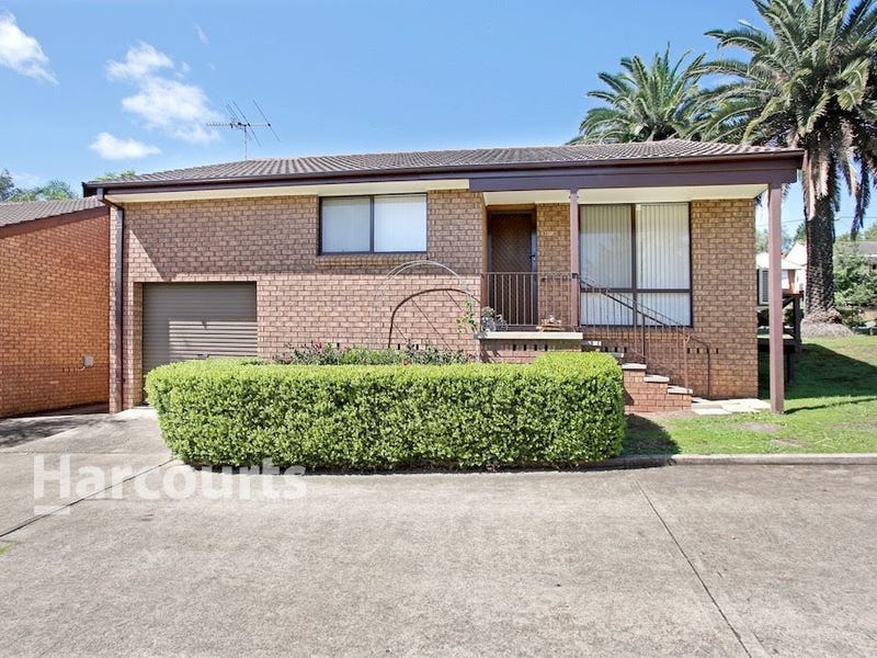 1/72 Warby Street, Campbelltown, NSW 2560