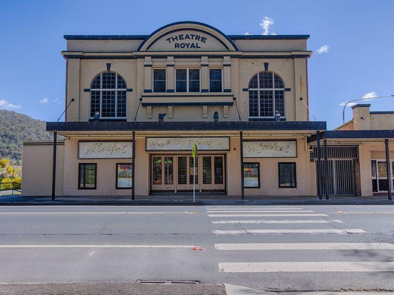 208-216 Main Street, Lithgow, NSW 2790
