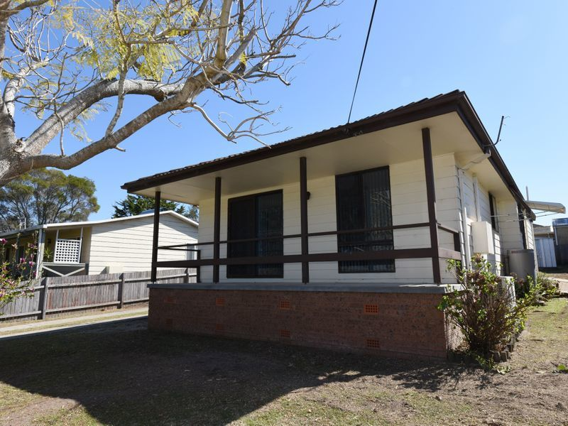 84 Suncrest Avenue, Sussex Inlet, NSW 2540