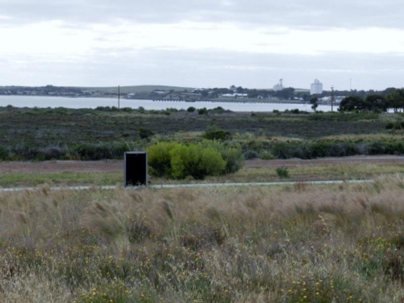 1 Herbert Edwards Drive, Streaky Bay