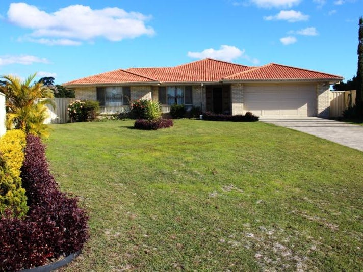 4 Bohemia Court, Stuarts Point, NSW 2441