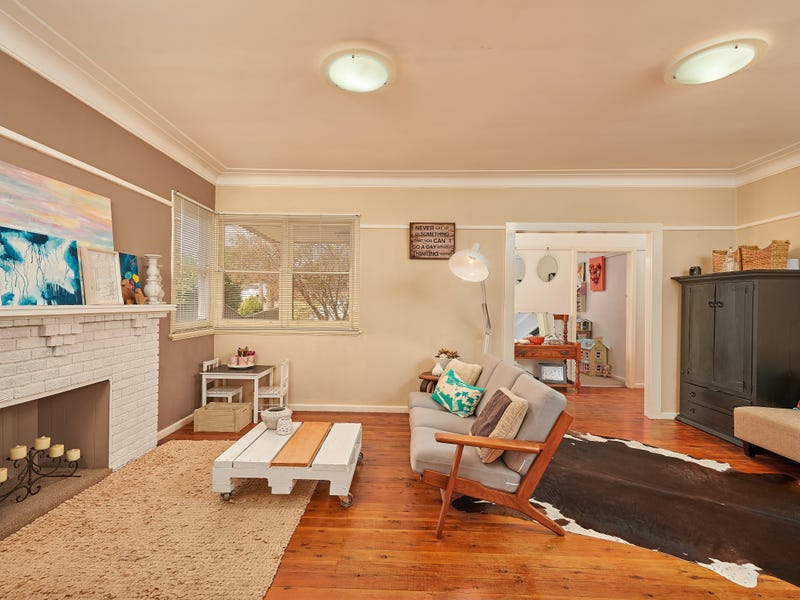 70 Mitchelmore Street, Turvey Park, NSW 2650