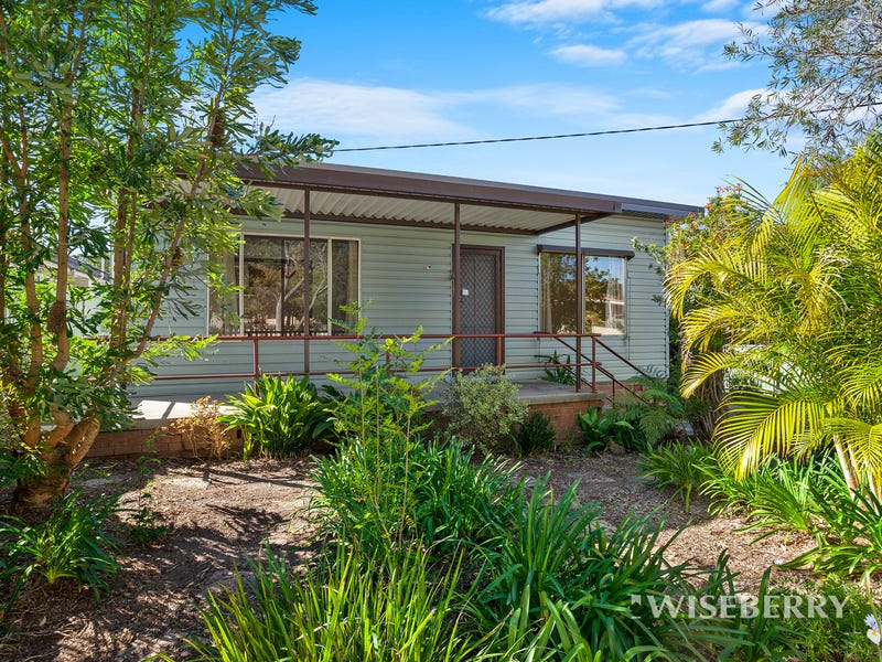 97  Elizabeth Bay Drive, Lake Munmorah, NSW 2259