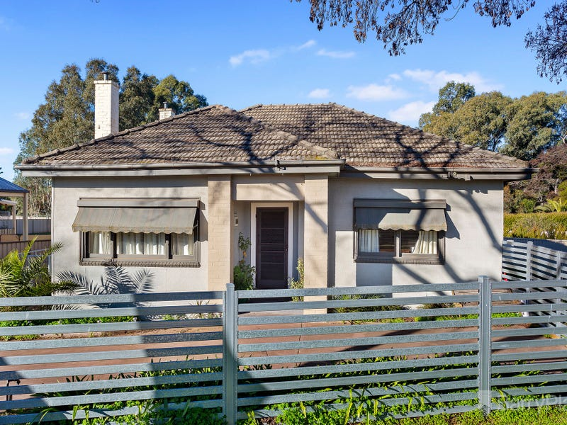 5 Spring Gully Road, Quarry Hill, Vic 3550